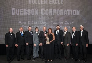 Duerson Team With Eagle Award
